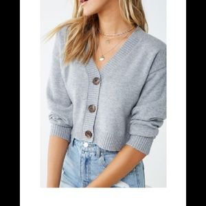Forever 21 Grey Button Cropped Sweater Small